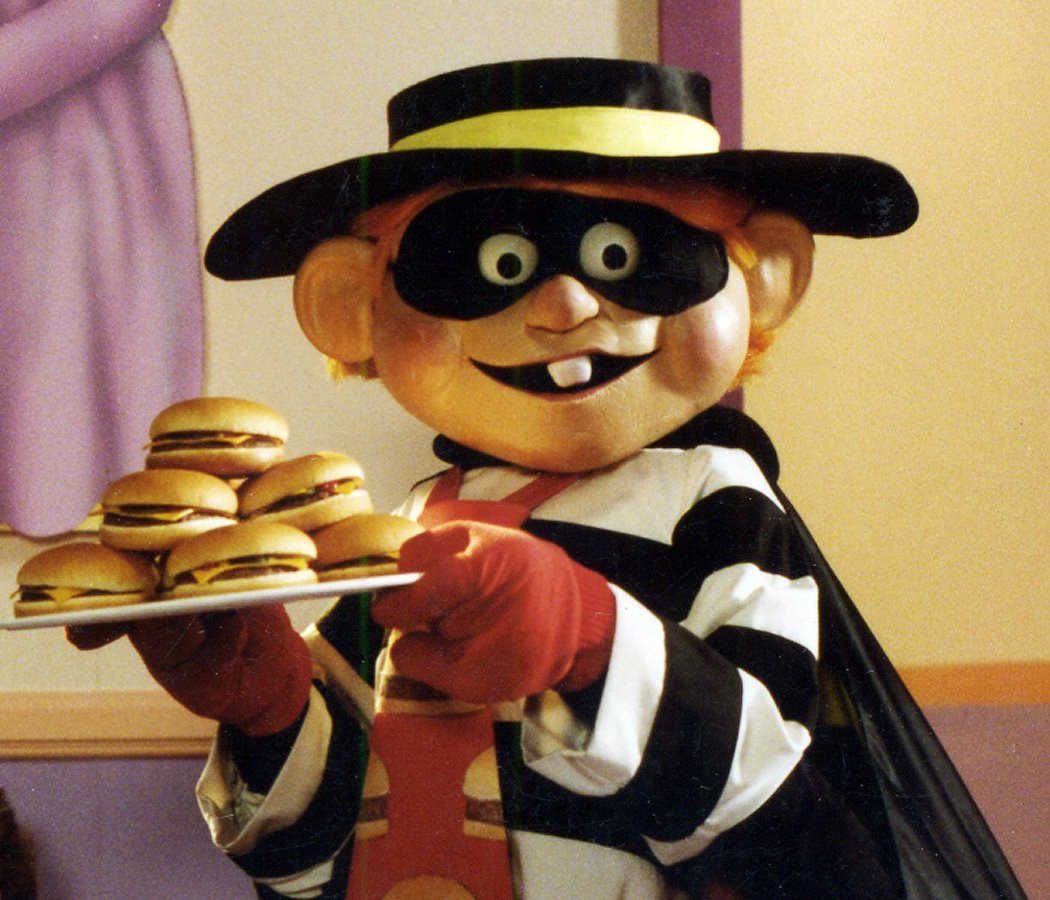 hamburglar__tray_of_cheeseburgers.jpg