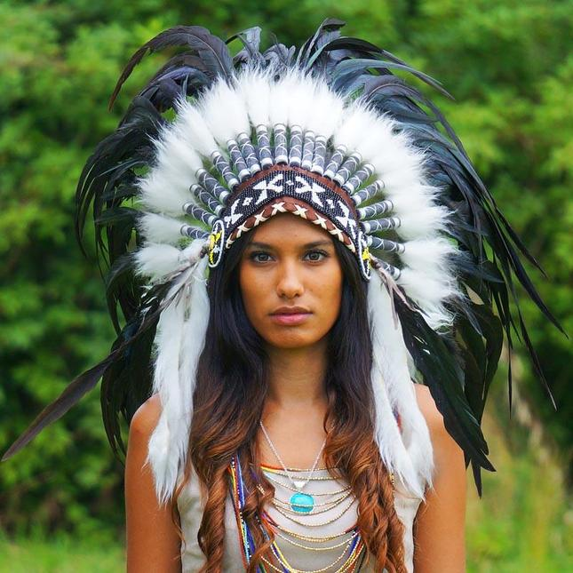 indian_headdress_-_small_rooster_-_black_2_645x.jpg