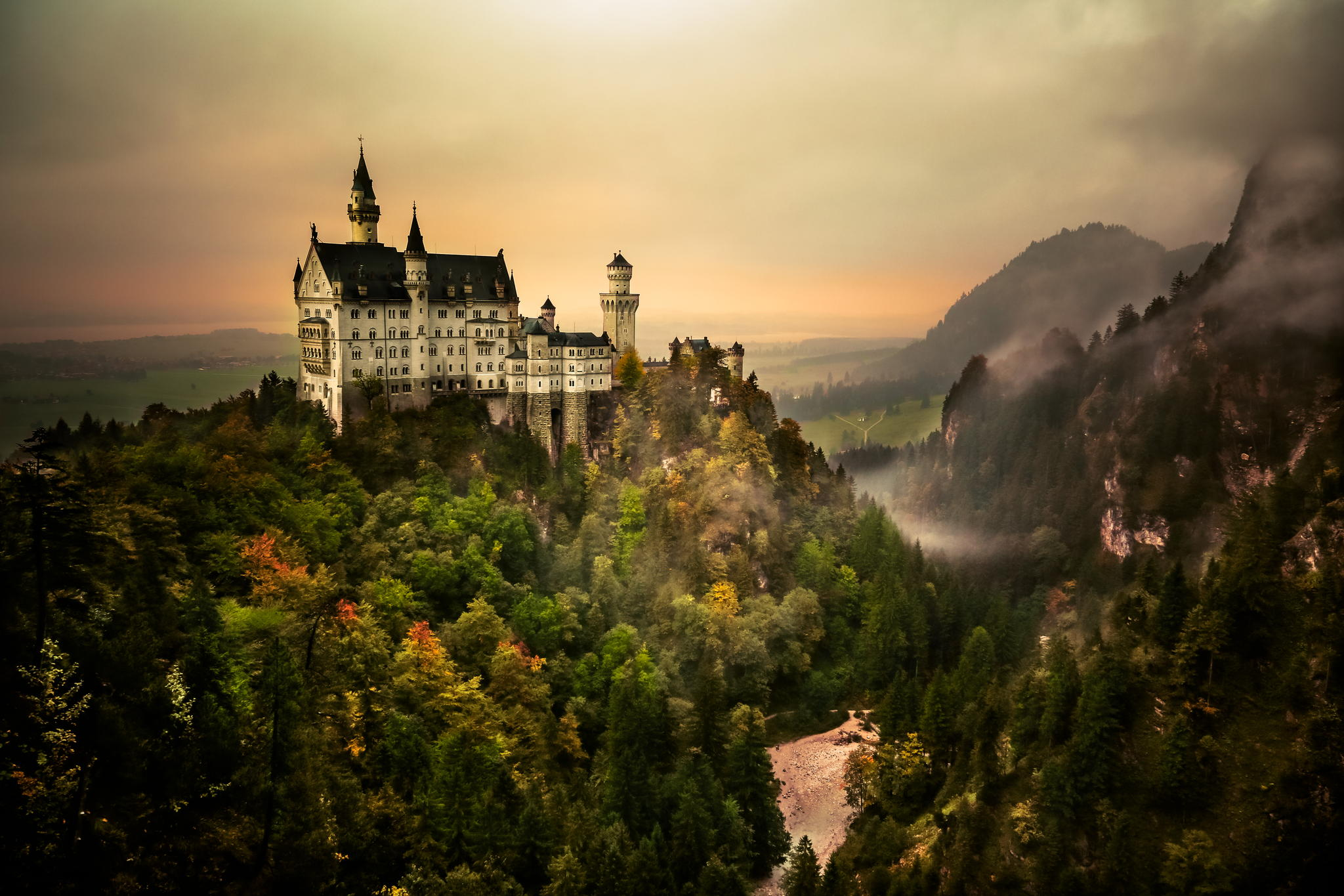 Neuschwanstein Castle, German.jpg